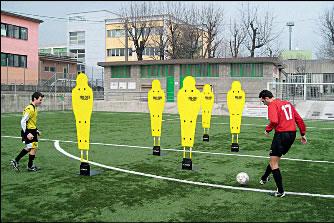 Манекен футбольный тренировочный: S04552