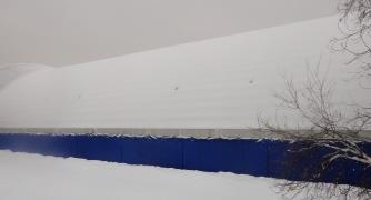 Закрытый тент зимой