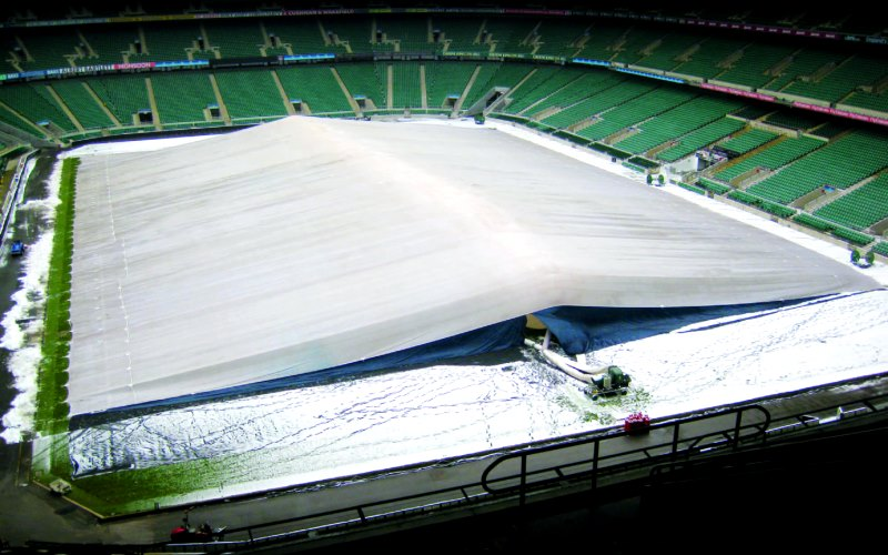 Надувные защитные покрывала для футбольного поля