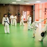 Тренажерный зал для боевых искусств в спортивном центре Aspan