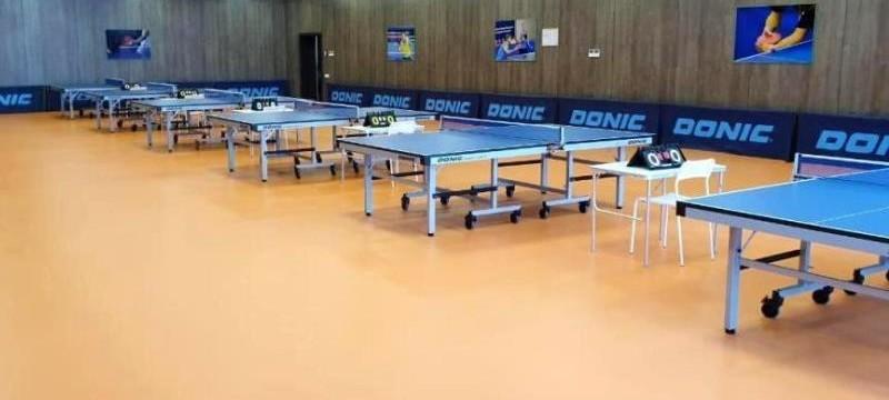 Зал для настольного тенниса в спортивном центре Aspan